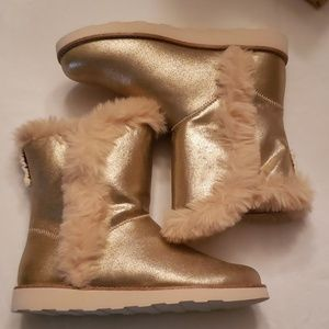 NEW Zara Gold booties size 4